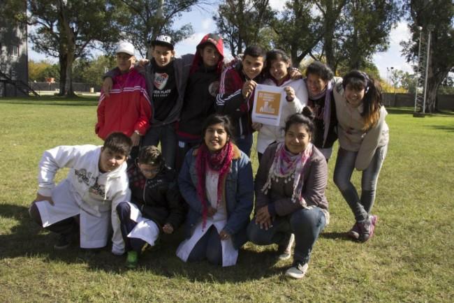 Grupo de alumnos de la Escuela de Educación Especial N.º 507