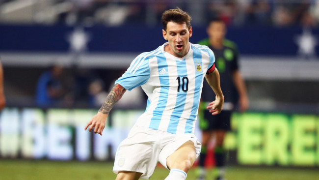 lionel-messi-argentina-mexico-messi-on-the-ball_3463710