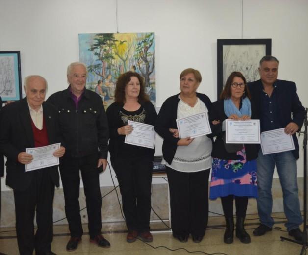 Oscar Veloso recibió a los artistas
