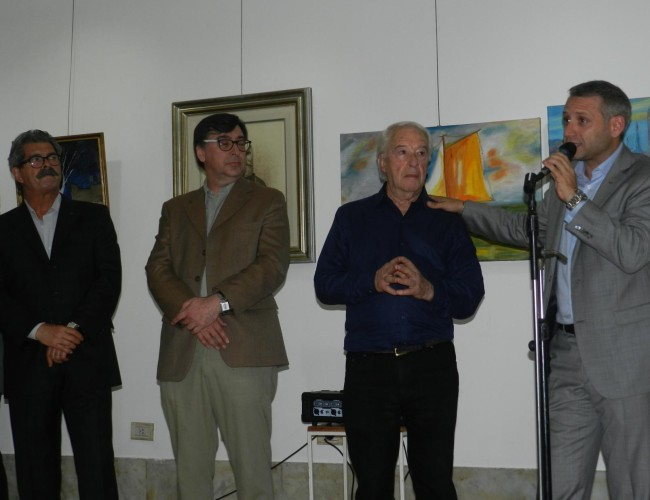 Los Ings. Sebastián Blasco, Enrique Filgueira y Jorge Calzoni destacaron el trabajo de Oscar Veloso